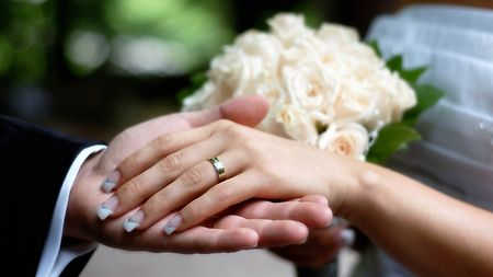 Verlobungsring an welcher hand türkei